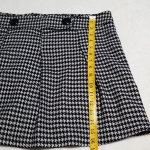 Vanity Skirts - Houndstooth Mini Skirt, Size 15
